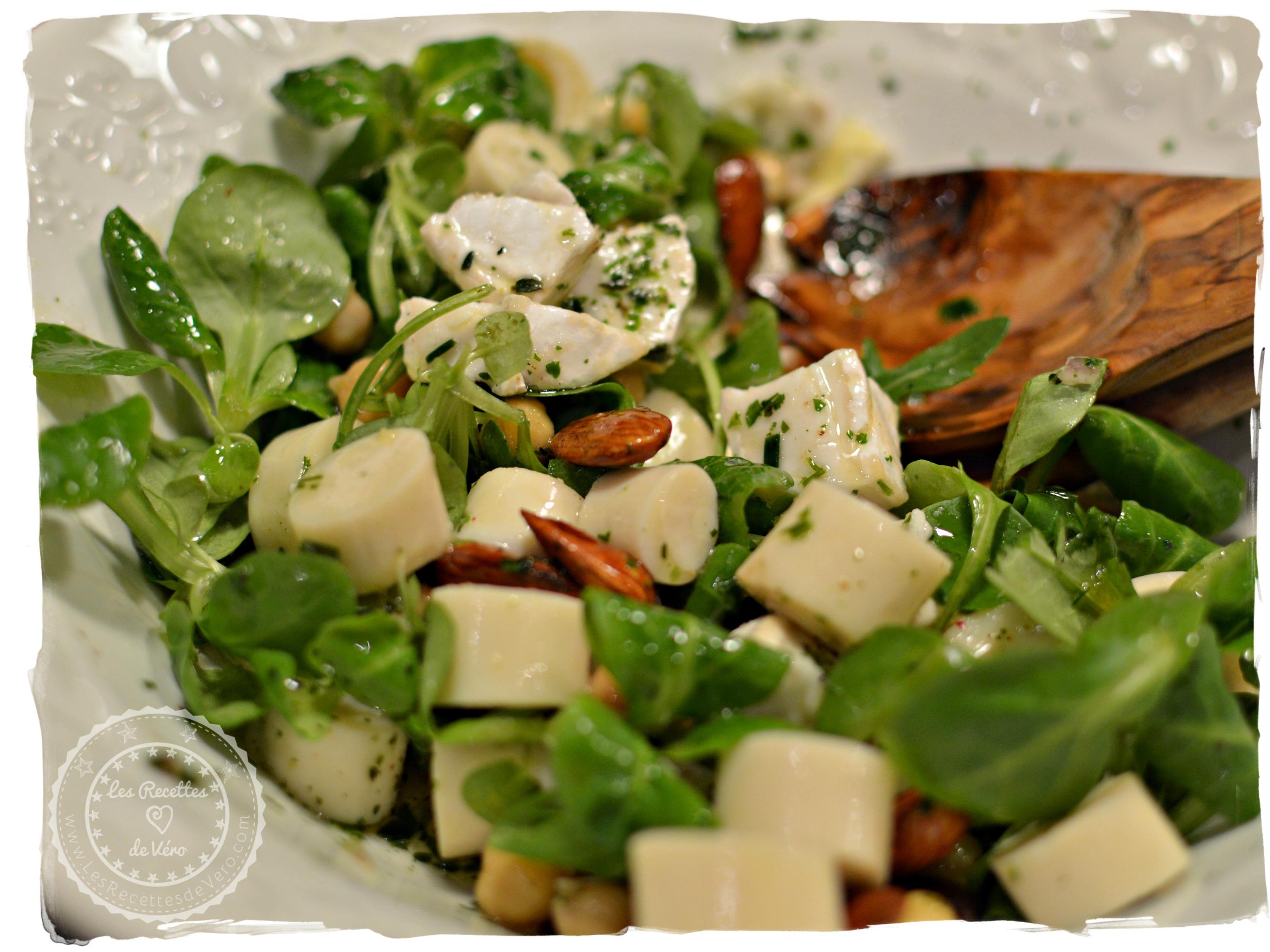 Salade mixte aux cœurs de palmier et fromage de chèvre frais 1