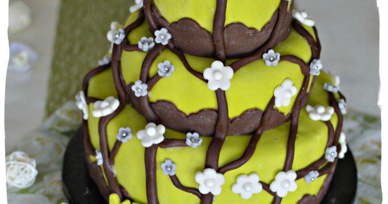 """Gâteau 3 étages """"Mélanie"""" (praliné)"""