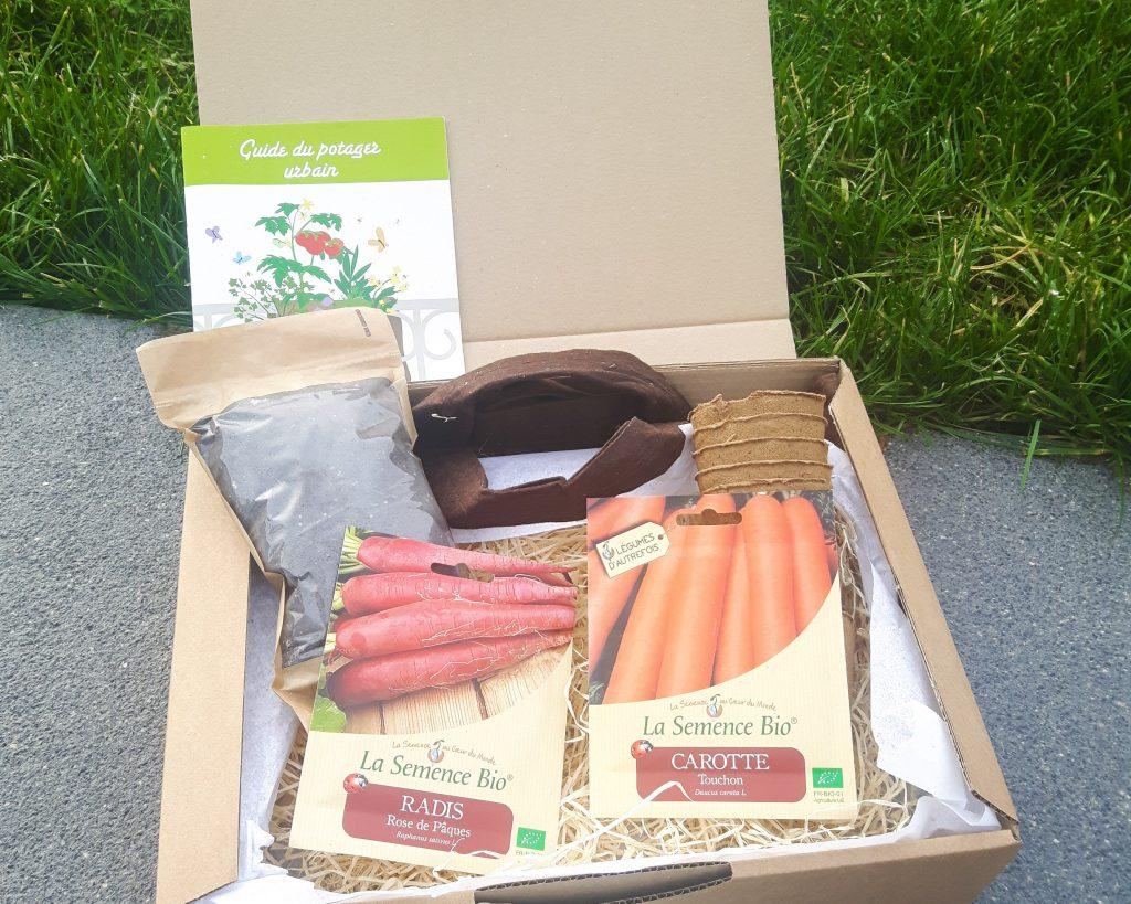 Bienvenue chez vero - Mon petit coin vert - une box pour débuter en jardinage bio - Box ouverte