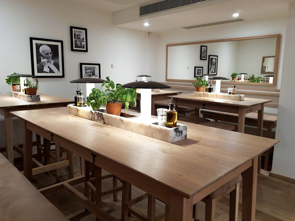 Bienvenue chez Vero - Chez vapiano Metz on mange aussi végétarien - Table allongée