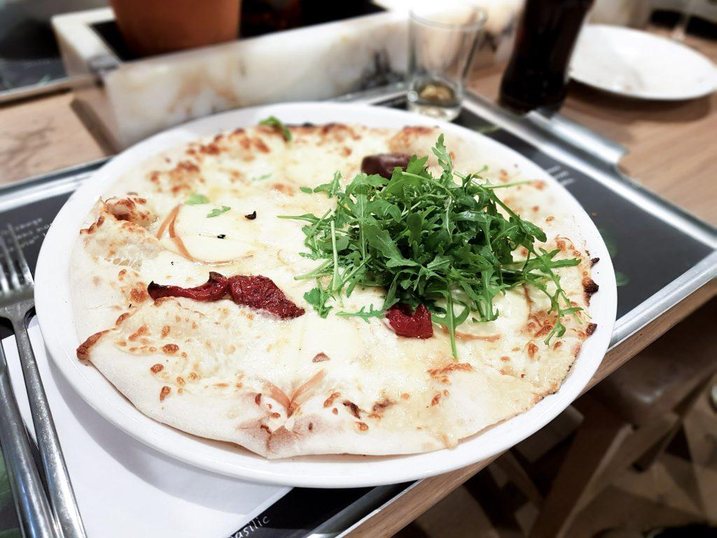 Bienvenue chez Vero - Chez vapiano Metz on mange aussi végétarien - pizza 4 fromages