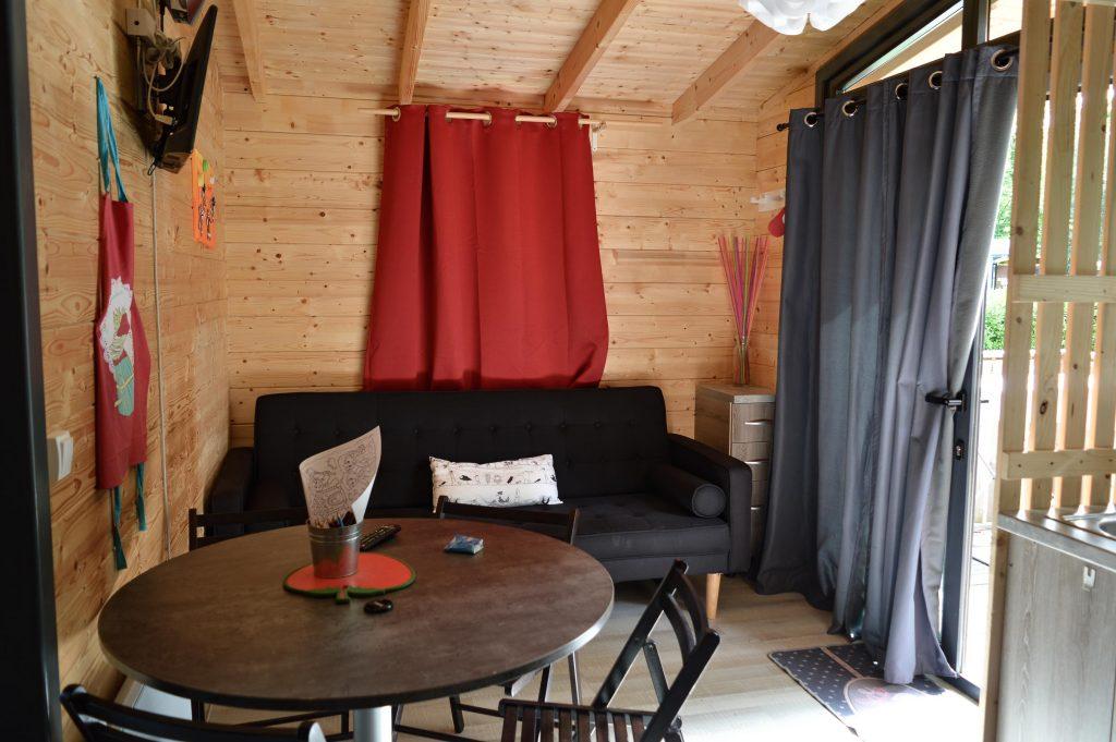 Bienvenue chez Vero - Mon week-end slowmoov aux roulottes de la Champagne - L'intérieur de la cabane Hansel