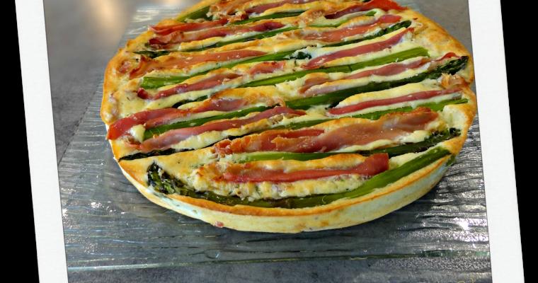 Gâteau aux asperges vertes et jambon cru