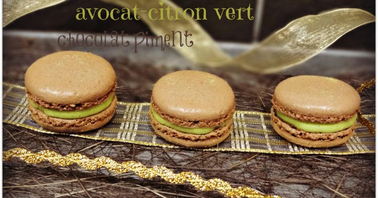 Macarons avocat-citron vert et chocolat piment