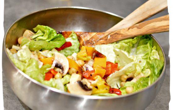 Salade de champignons, poivrons et pois chiche | Recette facile