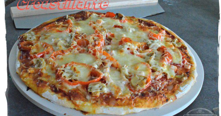 Une croustillante pizza grâce à la planche à pizza Leifheit