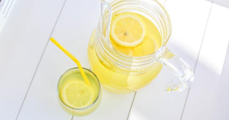 Boisson tonique citron curcuma gingembre