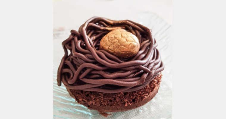 Comment réaliser des nids de Pâques au chocolat ?