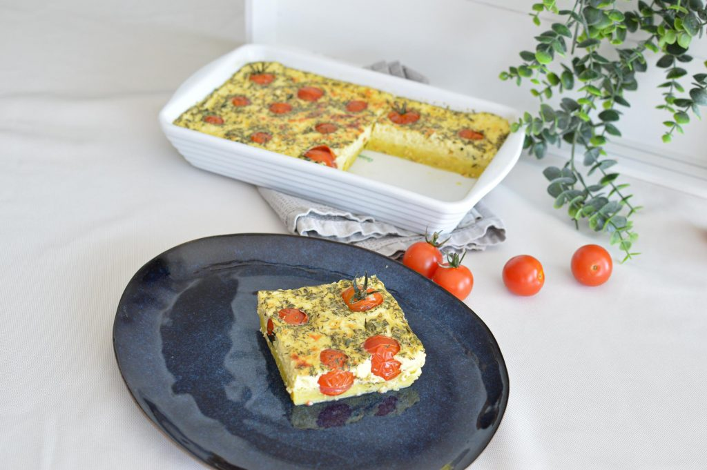 Part de Clafoutis tomates cerises - Omnicuiseur - Bienvenue chez vero (21)