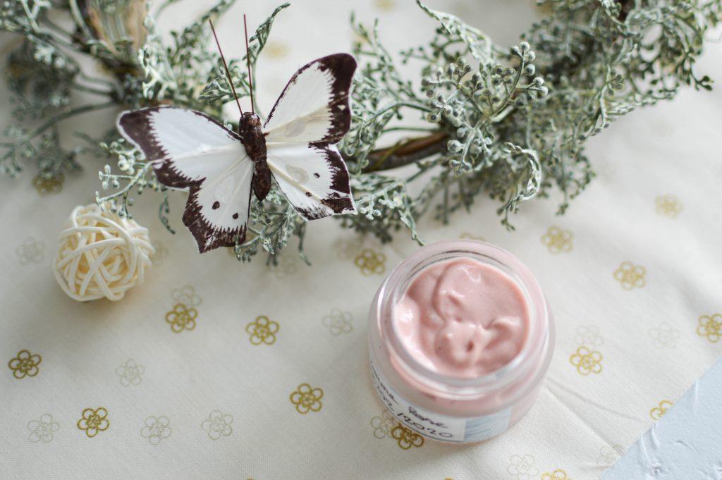 Comment réaliser une crème de jour pour peaux sensibles