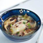 Cabillaud et bouillon miso aux 2 champignons