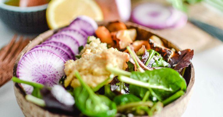 Réalise facilement un Bouddha bowl végétarien coloré et vitaminé
