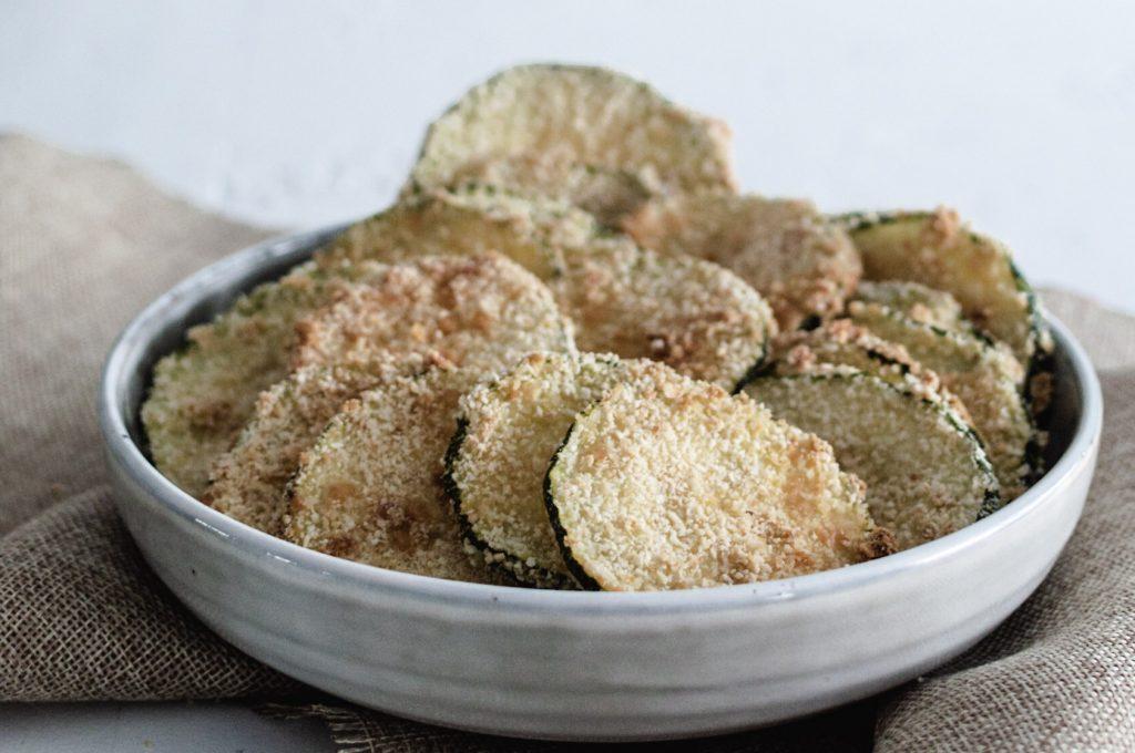 Chips de courgettes au four